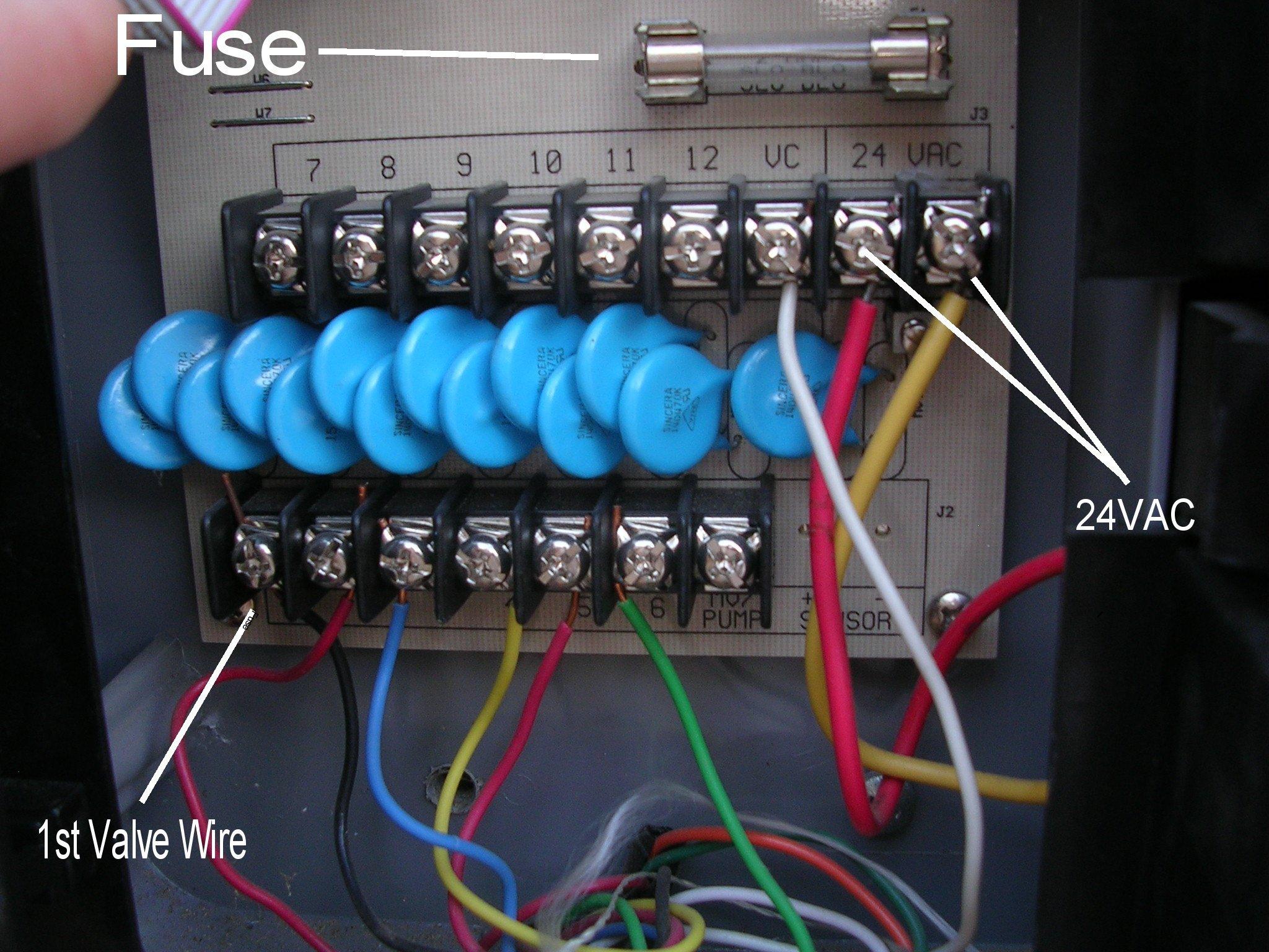 Check the RainDial Fuse   Irritrol Rain Dial (RD-600,900,1200) Repair by  the Rain Dial Doctor   Sprinkler Fuse Box Wire      Irritrol Rain Dial (RD-600900,1200) Repair by the Rain Dial Doctor